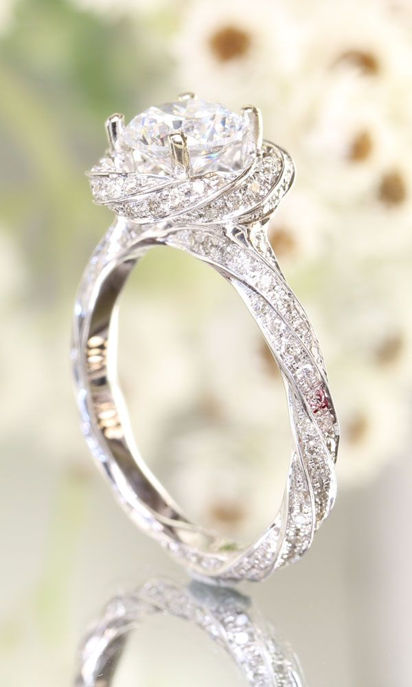 stunning-twist-halo-wedding-engagement-ring