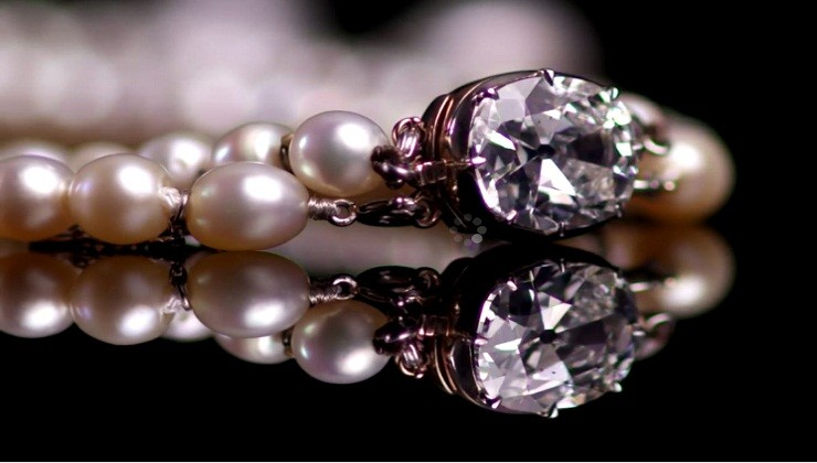 Queen Joséphine's Natural Pearl and Diamond Necklace